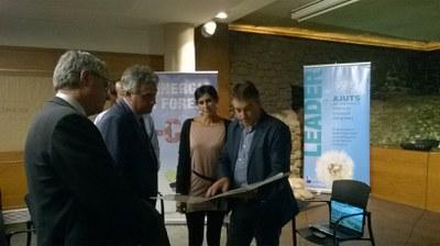 Els grups Leader vinculats a la Ruta Europea del Formatge es reuneixen a Ripoll amb  l'Associació  Leader Ripollès, Ges i Bisaura per a promoure projectes de cooperació .