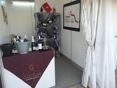 Els productes locals presents a la Fira de Móra la Nova.