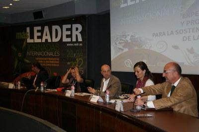LEADER és una eina de competitivitat que aporta un gran capital social. Les jornades 'Más Leader' deixen palesa la importància de la metodologia Leader per a la diversificació de les zones rurals .