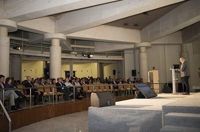 """""""Sin pueblos no hay futuro"""": REDR celebra amb èxit un debat nacional sobre el futur de les zones rurals i la seva importància en el projecte territorial."""
