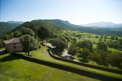 Parc del Castell de Montesquieu (Consorci Vall del Ges, Orís i Bisaura)esquiu.jpg.