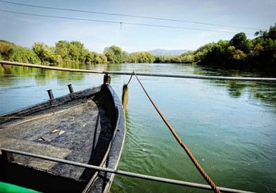 Pas de barca Riu Ebre - Miravet (Consorci Intercomarcal d'Iniciatives Socioeconòmiques).